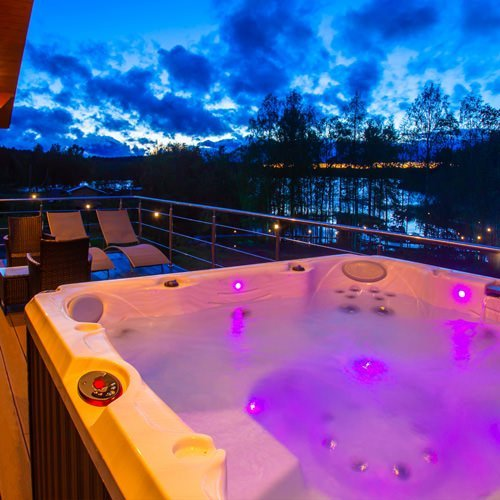 Solid Hot Tubs